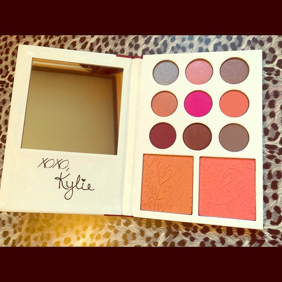 Kylie Cosmetics Other - Kylie Cosmetics Diary Palette